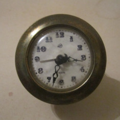 Ceas victoria defect lipsa postamentul de marmura c17 - Ceas de masa
