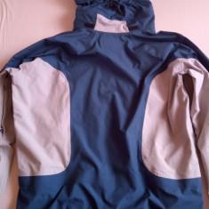 Geaca tehnica Mountain Hardwear - Echipament ski, Geci