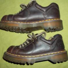 Pantofi Dr. Martens 8312 marimea 37 (4 UK) - Pantof dama, Culoare: Maro, Piele naturala, Cu platforma