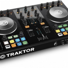 Traktor Pro 2 - Console DJ native instruments