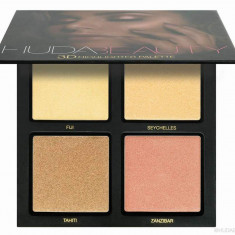 Trusa iluminatoare Huda Beauty 3D Highlighter - Blush Alta Marca
