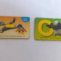 Lot 2 magneti frigider de la KIRI cu litere si imagini din Panda Kung-Fu 2
