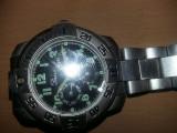 ceas de mana PIASSO,Ceas vintage masiv cu fosfor,curea metalica originala T.Grat