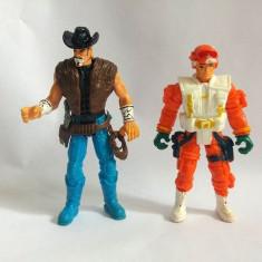 Lot 2 figurine cauciuc tare, articulate, cowboy si soldat, 9-10cm