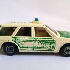 Masinuta Hot Wheels macheta fier Politia SIKU VW Passat 1029 1614, W Germany