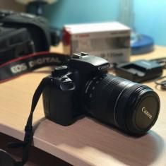Vand Canon 1000D + Obiectiv 18-135mm Negociabil - Aparat foto DSLR