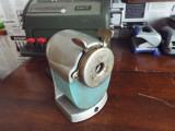 Cumpara ieftin Ascutitoare cu manivela vintage ASIS DDR