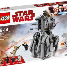 LEGO Star Wars - Heavy Scott Walker al Ordinului Intai 75177