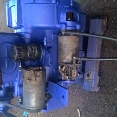 Vând motor diesel 2 pistoane - Tractor