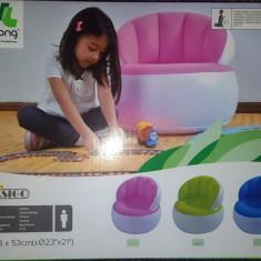 Scaun gonflabil pentru copii, culoare verde cu alb, dimensiuni 57x58 cm, nou