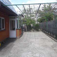 Casa cu mansarda si curte mare in Bucuresti, sector 5, 15 min de Unirii - Casa de vanzare, 275 mp, Numar camere: 4, Suprafata teren: 275