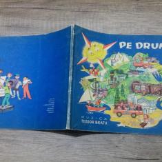 Pe drumurile tarii - Petre Ghelmez/ ilustratii Livia Rusz - Carte poezie copii