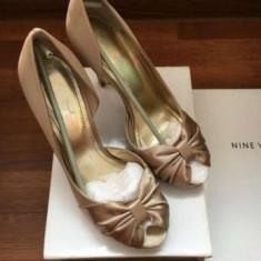 Pantofi cu toc Nine West - Pantof dama Nine West, Culoare: Auriu, Marime: 39.5
