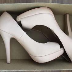 Pantofi cu toc Bershka - Pantof dama, Culoare: Rose, Marime: 39