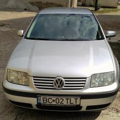 Vand VW BORA 1.4 benzina, An Fabricatie: 2004, 124000 km, 1390 cmc