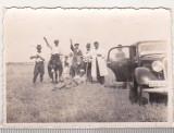 Bnk foto - Tarani executand salutul legionar - Visina jud Romanati, Alb-Negru, Romania 1900 - 1950