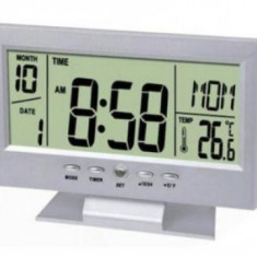 Ceas electronic digital cu afisaj LCD si senzor temperatura - Ceas de perete