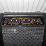 Statie de chitara LANEY
