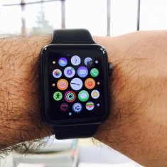 Apple Watch 2 cu carcasa din aluminiu space grey, 42mm, Black Sport Band - Smartwatch Apple, Apple Watch Series 2