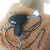 Vand pistol de lipit