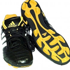 Ghete Fotbal Adidas DAVICTO TRX HG