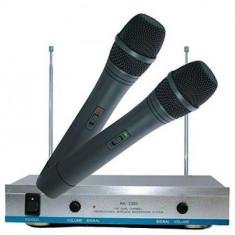 Set 2 microfoane wireless karaoke AK-3300 - Microfon