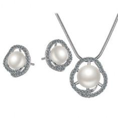 Bijuterii argintii ovale cu perle