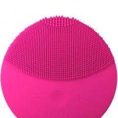 Dispozitiv pentru masarea fetei FOREO - Echipament de masaj