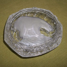 Bomboniera/ cutie pt bijuterii din sticla capac cu urs polar in relief