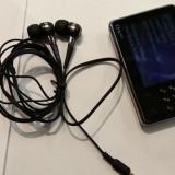 Mp3 Player Creative Zen X-Fi 8 GB Video cu Casti Creative EP 830