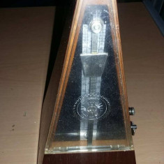 Metronom Republica Democrata GERMANA,metronomer,masurator de timp vintage,Tp.GRA