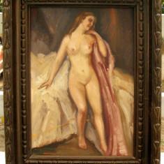 Tablou interbelic Nud in iatac pictat ulei pe mucava rama lemn veche - Pictor roman, Realism