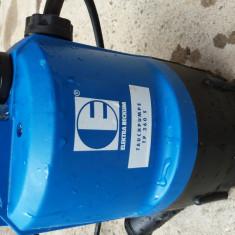 Pompa submersibila cu putitor