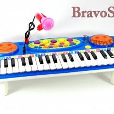 Orga electronica de jucarie / Orga pentru copii cu microfon si lumini - Instrumente muzicale copii