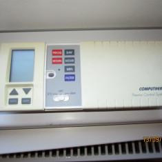 Termostat Computherm 093 programabil cu fir, perfect functional.