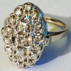 5. Inel aur alb 5, 5 grame 14 carate cu 16 diamante mici si unul mare - Inel diamant, Carataj aur: Nespecificat, Culoare: Galben