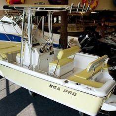Barca Sea Pro 2100 cu motor Mercury F150XL Verado - Barca cu motor