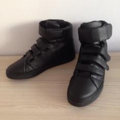 Adidasi barbati Zara MODEL NOU BARBATI NEW COLLECTION EDITIE LIMITATA!! COD 315, Marime: 41, Culoare: Din imagine