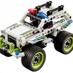 Interceptorul politiei LEGO Technic (42047)