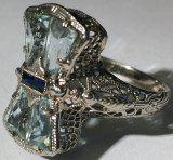 18. Inel aur alb  14 carate 3 grame cu safir, 14k