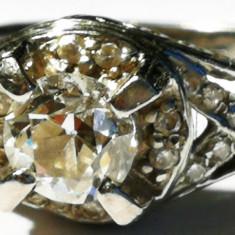 6. Inel platina 7, 2 grame cu 22 diamante mici+unul superb, mare - Inel diamant, Carataj aur: Nespecificat, Culoare: Alb