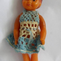 Papusa / papusica veche Aradeanca, anii 60, 22 cm, cauciuc,