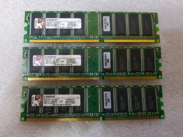 Memorii Kingston 1GB 184-Pin DDR1 DDR 333 KTM8854/1G - poze reale