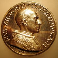 5.606 ITALIA VATICAN MEDALIE PAPA PIUS XII 1940 AN II ARGINT 39, 4g MISTRUZZI, Europa