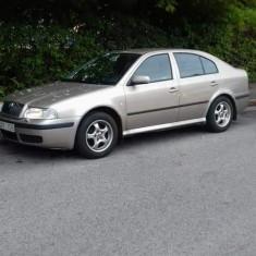Octavia 1, 6 benzina, An Fabricatie: 2004, 190000 km, 1600 cmc