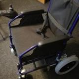 Vand scaun transport pacienti electric - nou, cu garantie. Model FS112 - Scaun cu rotile