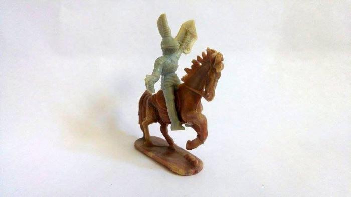 Lot 2 figurine vechi romaneasti cal si calaret cavaler, anii '70-80, colectie foto mare