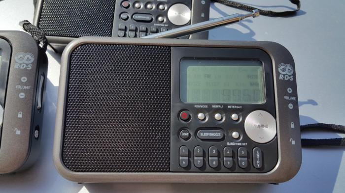 Radio portabil RDS - 334 foto mare
