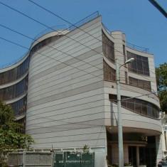 BUCURESTI, cladire birouri - Spatiu comercial de inchiriat