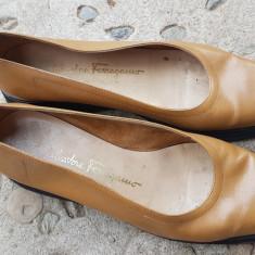 PANTOFI SPORT, SALVATORE FERRAGAMO, ORIGINALI DIN PIELE NATURALA, NR.38, 5 - Pantof dama Salvatore Ferragamo, Culoare: Din imagine, Cu talpa joasa